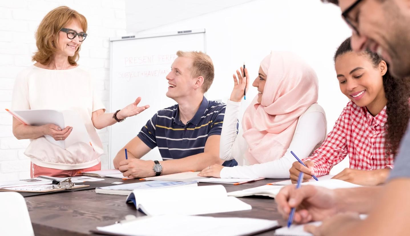 learn and practise languages in small groups